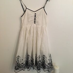 Gorgeous Delicate Embroidered Dress