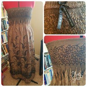 Lapis Dresses & Skirts - Strapless Smock Style Dress