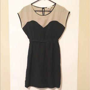 Amour Vert Dresses & Skirts - Amour Vert 100% Silk Black & Beige Dress