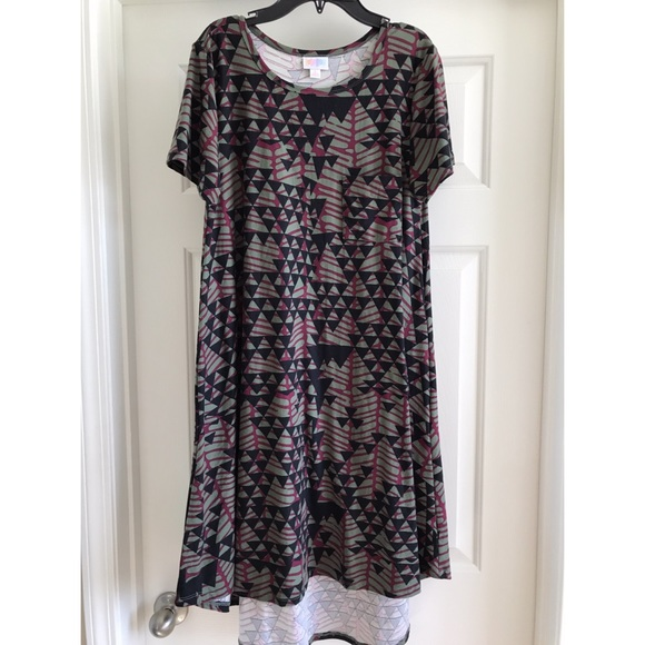 LuLaRoe Dresses & Skirts - S Lularoe Carly dress Leggings material