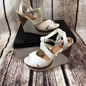 Sophia & Lee Shoes - Cute pair of wedges