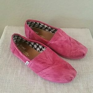 Toms Shoes - Pink corduroy toms slip on shoes