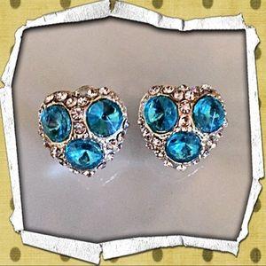 boutique Jewelry - 30% OFF BUNDLES✨💗Earrings w/Swarovski crystals💗