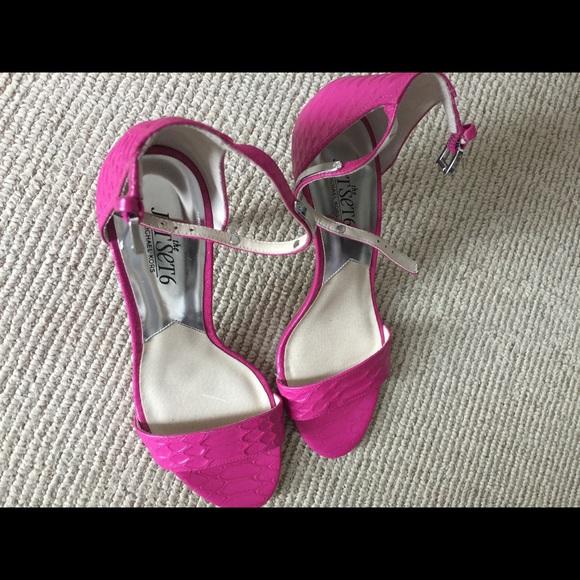 39b7251ecf7 Michael Kors sandals hot pink kitten heel NWT