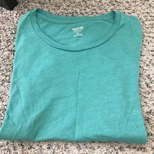 Tops - Mossimo tshirt
