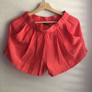 Gypsy 05 Pants - EUC Gypsy Coral 100% Silk Shorts