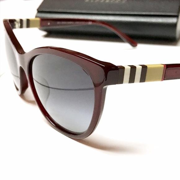 58389eab153a NWOT - BURBERRY Check Sunglasses + Case