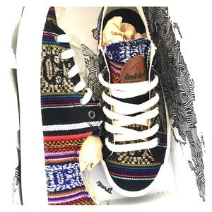inkkas Shoes - Inkkas Black Bird Low top