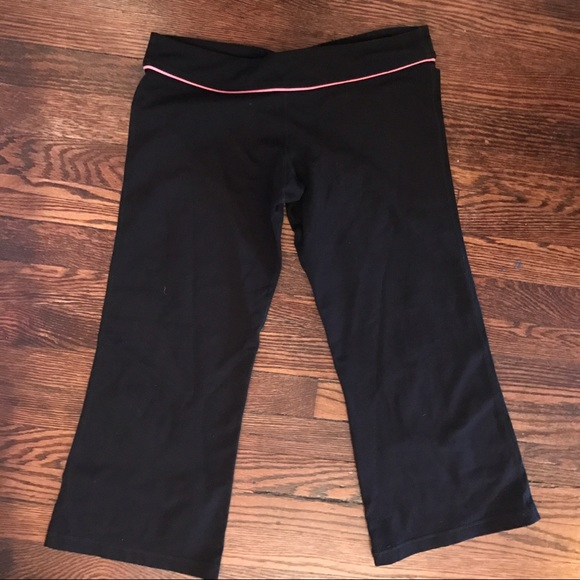 76% off lululemon athletica Pants - Lululemon Black ...
