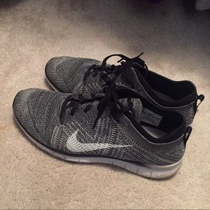 Nike Shoes - SALE TODAY ONLY. Black and White Nike Flyknit.