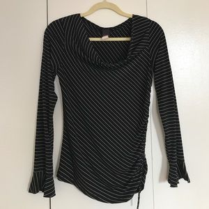 Aphrodite Tops - Black and White Top