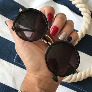 Urban Outfitters Accessories - NEW | ROUND GEOMETRIC SUNNIES | BLACK OR TORTOISE