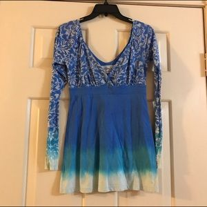 Gypsy 05 Tops - Gypsy 05 blue burnout empire waist ombré tunic top