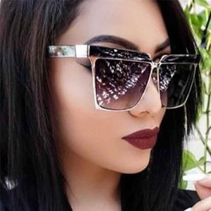 "unbranded Accessories - ""It Girl"" Luxury Square CatEye Sunnies"