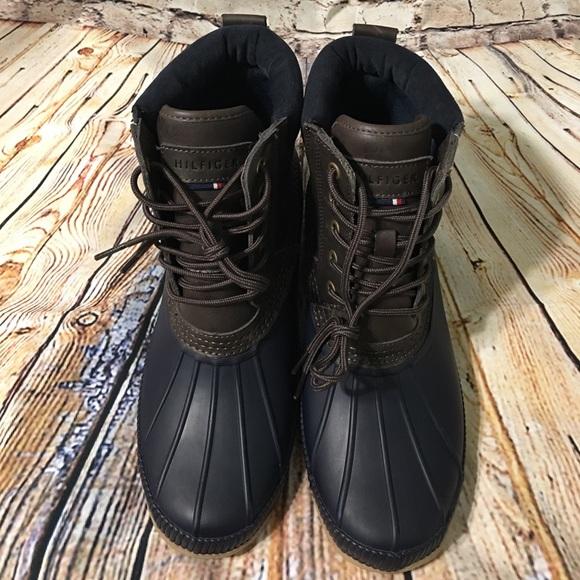 c1e58d5e208e69 M 59470daaf0137d9123020919. Other Shoes you may like. Tommy Hilfiger Mens  Duck Boots Dark Green Leather