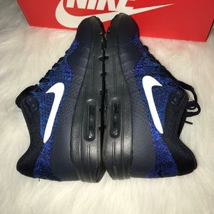 New women's air max 1 ultra flyknit royal $160 NWT