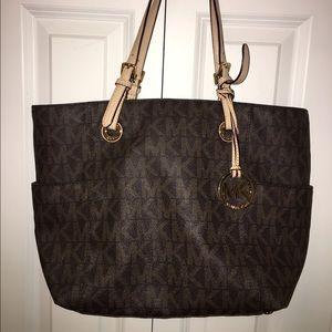 KORS Michael Kors Handbags - MIchael Kors bag