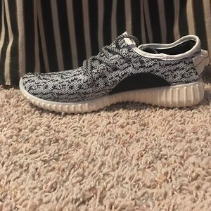 Yeezy Shoes - Yeezys - MAKE AN OFFER
