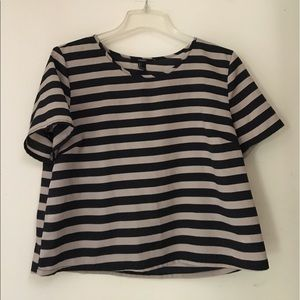 Forever 21 black and white stripped crop