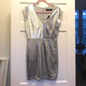 AKIRA Dresses & Skirts - Silver sequin dress