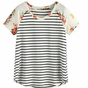 ROMWE Tops - Floral striped crew neck tshirt top