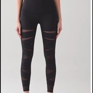 Lululemon Special Edition Mesh WU HR Size 4