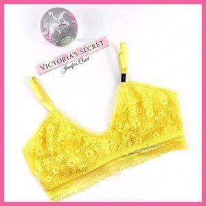 •Victoria's Secret• Unlined Lace bralette