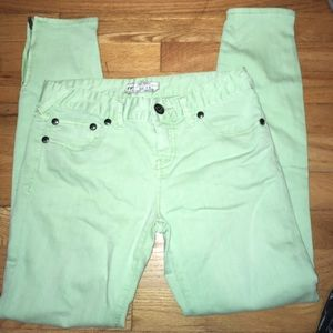 Free People Light Green Skinny Jeans Size 28