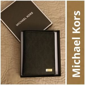 Michael Kors Other - NWT MK Jet Set Mens Passport Cardholder w/GiftBox