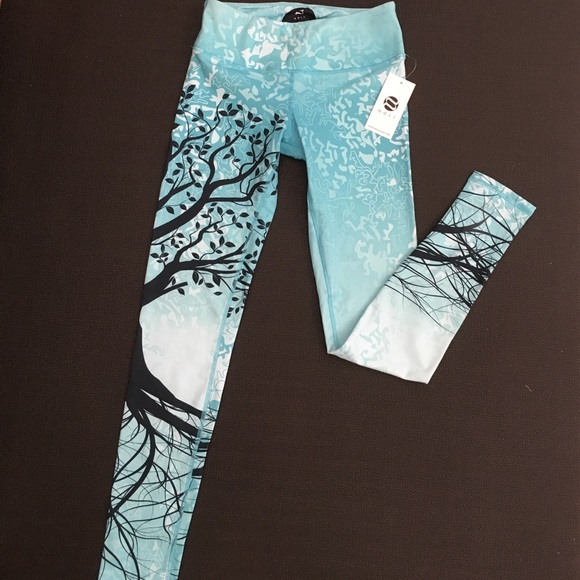 d2892d5b3722df Noli Yoga Pants | Noli Azure Tree Of Life Yoga Leggings Nwt Size Med ...