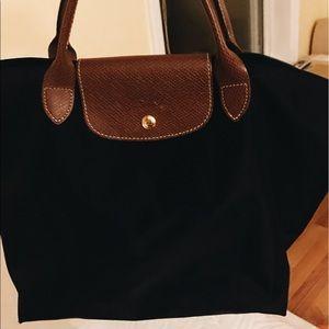 Longchamp Handbags - Longchamp Le pilage