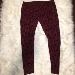 Mossimo Rabbit & Heart Print burgundy leggings XXL