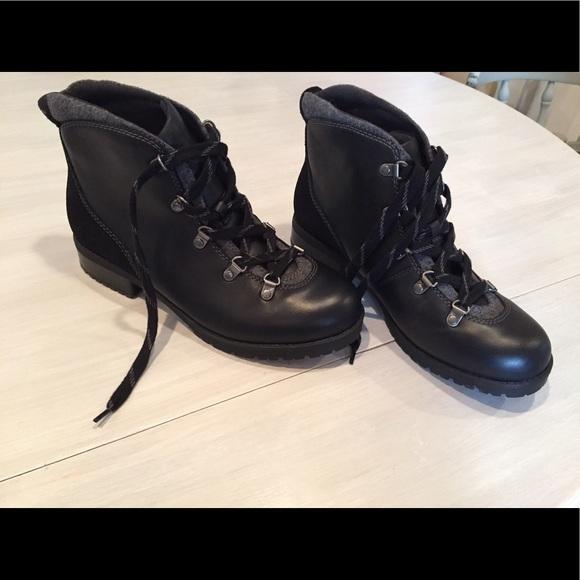 62ee7f2ece2 Never worn Clark's Faralyn Alpha Hiking Boots NWT
