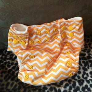 Lotus Bumz Other - Lotus Bumz chevron new cloth diaper