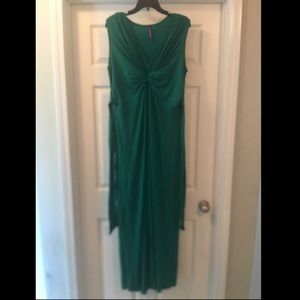 Seraphine Dresses & Skirts - A Pea in the Pod Jessica Simpson Maternity Dress