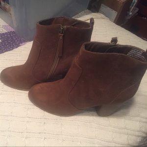 Madden girl size 8.5 short boots