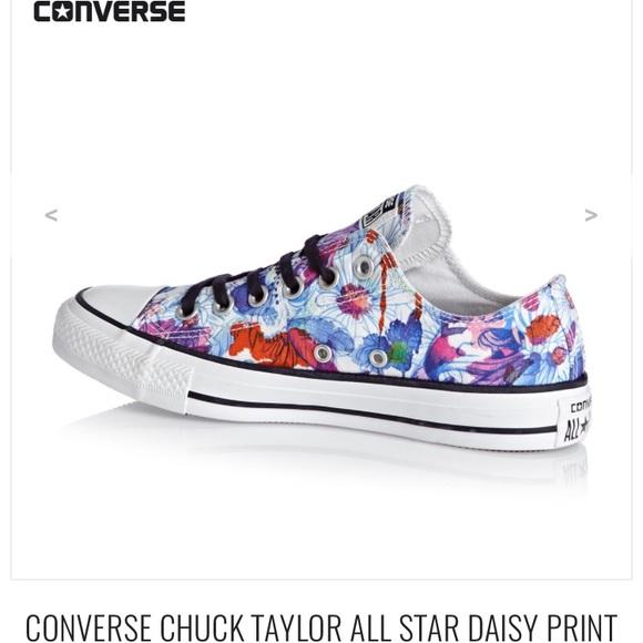 1d7faf56d466 🎉HP Spray Paint Floral Converse Chuck Taylors