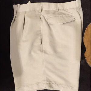Cubavera Other - Cubavera men short Perfect Condition 👌