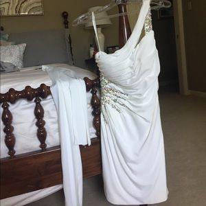 Anny Lee Dresses & Skirts - Jeweled dress- one shoulder