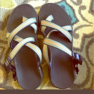 Chacos Shoes - EUC size 10 women's Chacos