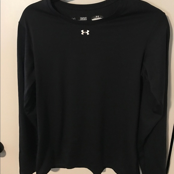 71 Off Under Armour Tops Under Armour Long Sleeve Dri