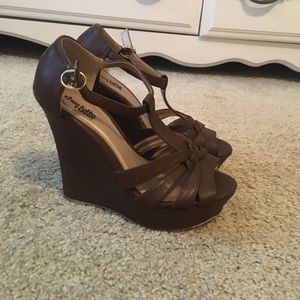Brown Wedges size 7