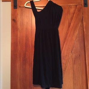 Isabella Oliver Dresses & Skirts - women's Isabella Oliver maternity dress size 2