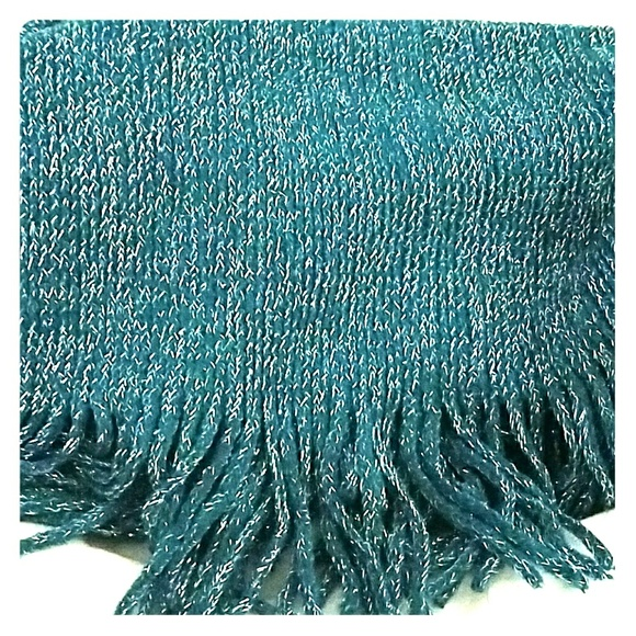 Accessories - *Gorgeous Teal Infinity Scarf* NWOT!