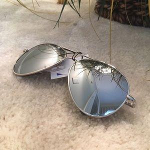 Haia Accessories - Mirror Aviator Sunglasses