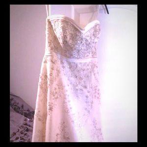 Mori Lee Dresses & Skirts - Mori Lee Ivory wedding gown