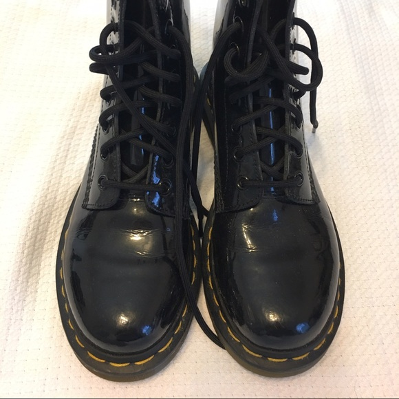 33 doc martens shoes black leather doc marten