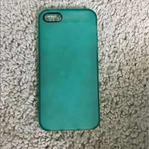 Accessories - 🔥MOVING SALE🔥iPhone 5/5s case