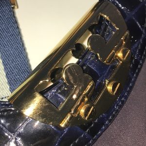 Tory Burch Bags - Tory burch satchel w shoulder strap  never used