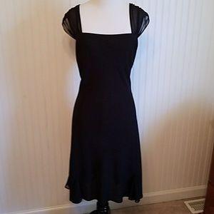 Jones wear dresses Dresses & Skirts - New listing!  Sleeveless Jones wear dress.